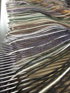 Each yarn gets a dent!