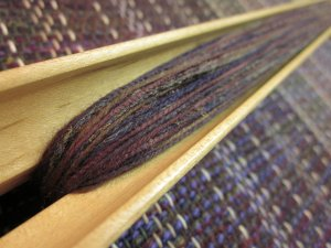 A close-up of the weft yarns!