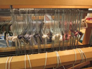 Each yarn gets its very own heddle...