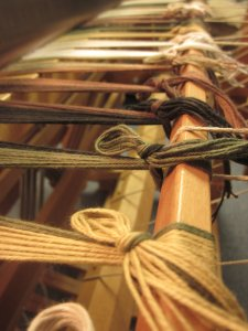 Ta-da! Dressing the loom is finished!